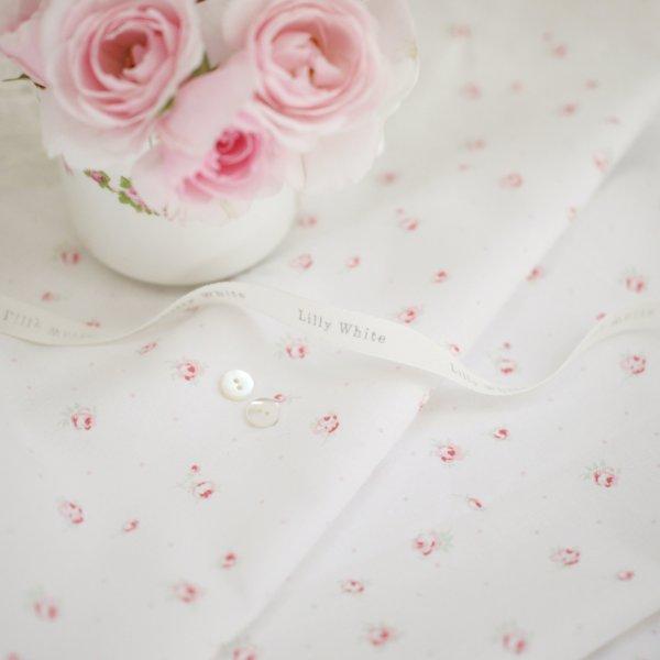 Lilly White Designs -London Roses- リリィホワイト・ロンドンローズ(ホワイト)コットン生地